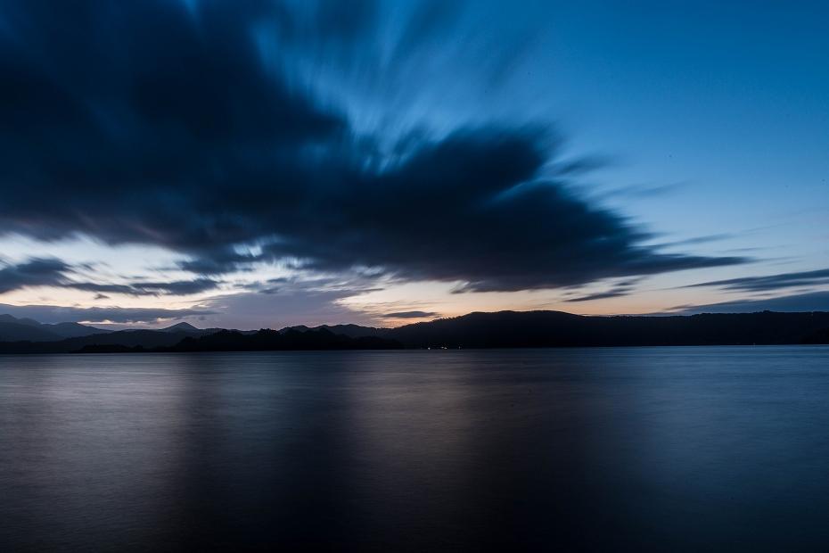 2016.10.28十和田湖の朝景1