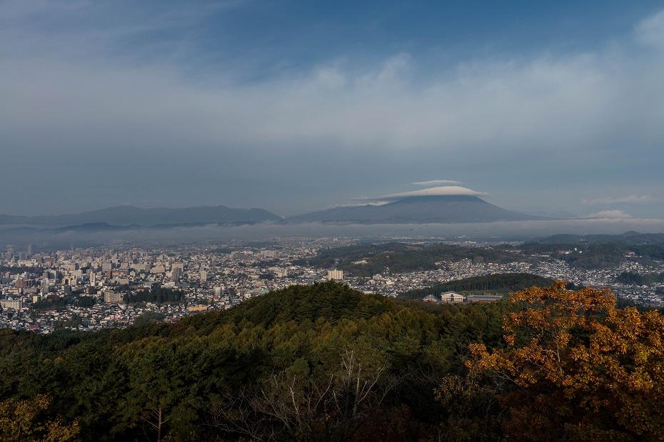 2016.10.31岩手山の笠雲3