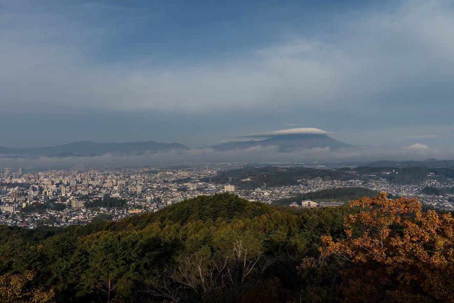 2016.10.31岩手山の笠雲2