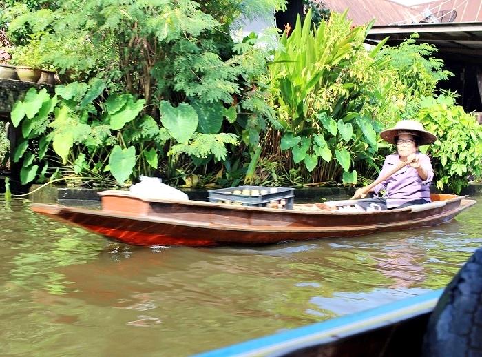 水上ボート8