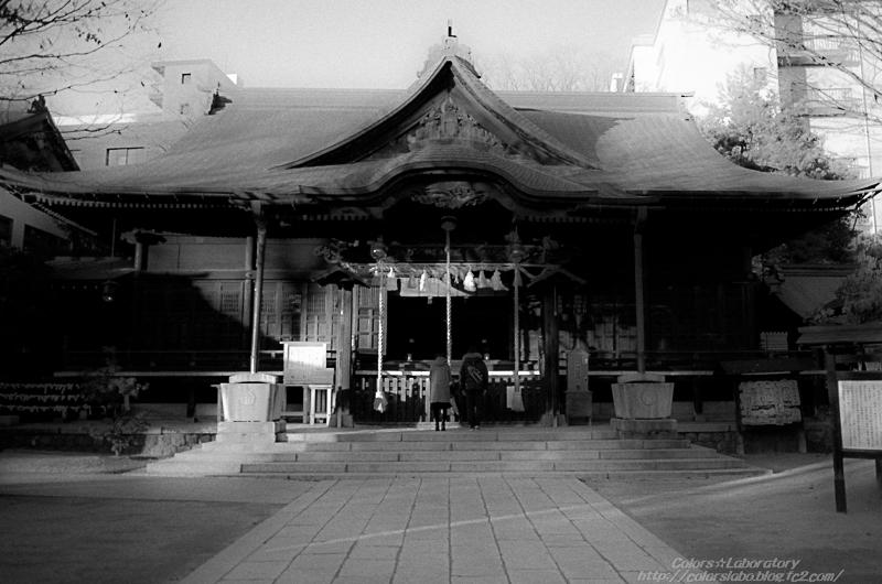 四柱神社 1