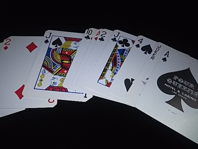 Four Queen Deck (5)