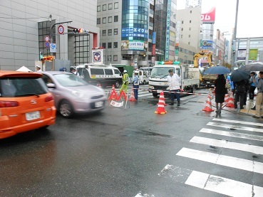 博多駅前陥没5