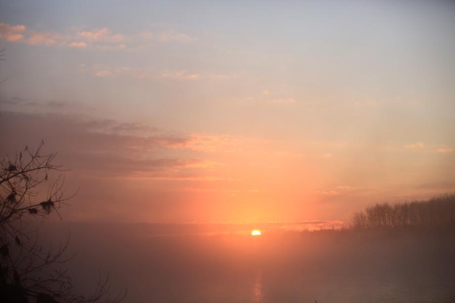015 川原からの日の出0001