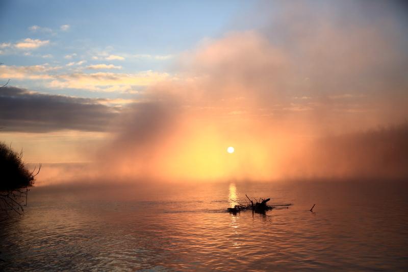 060 川原からの日の出0001