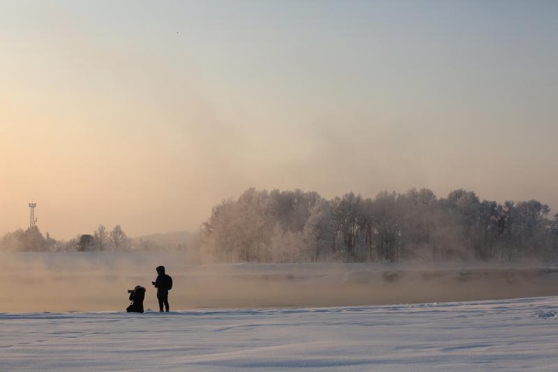 231 霧氷の中の二人0001