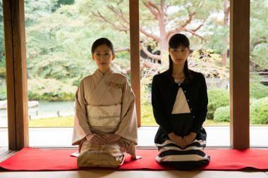 Yuki Saito 『古都』 佐田千重子(松雪泰子)と舞(橋本愛)。京都の観光名所が色々登場する。