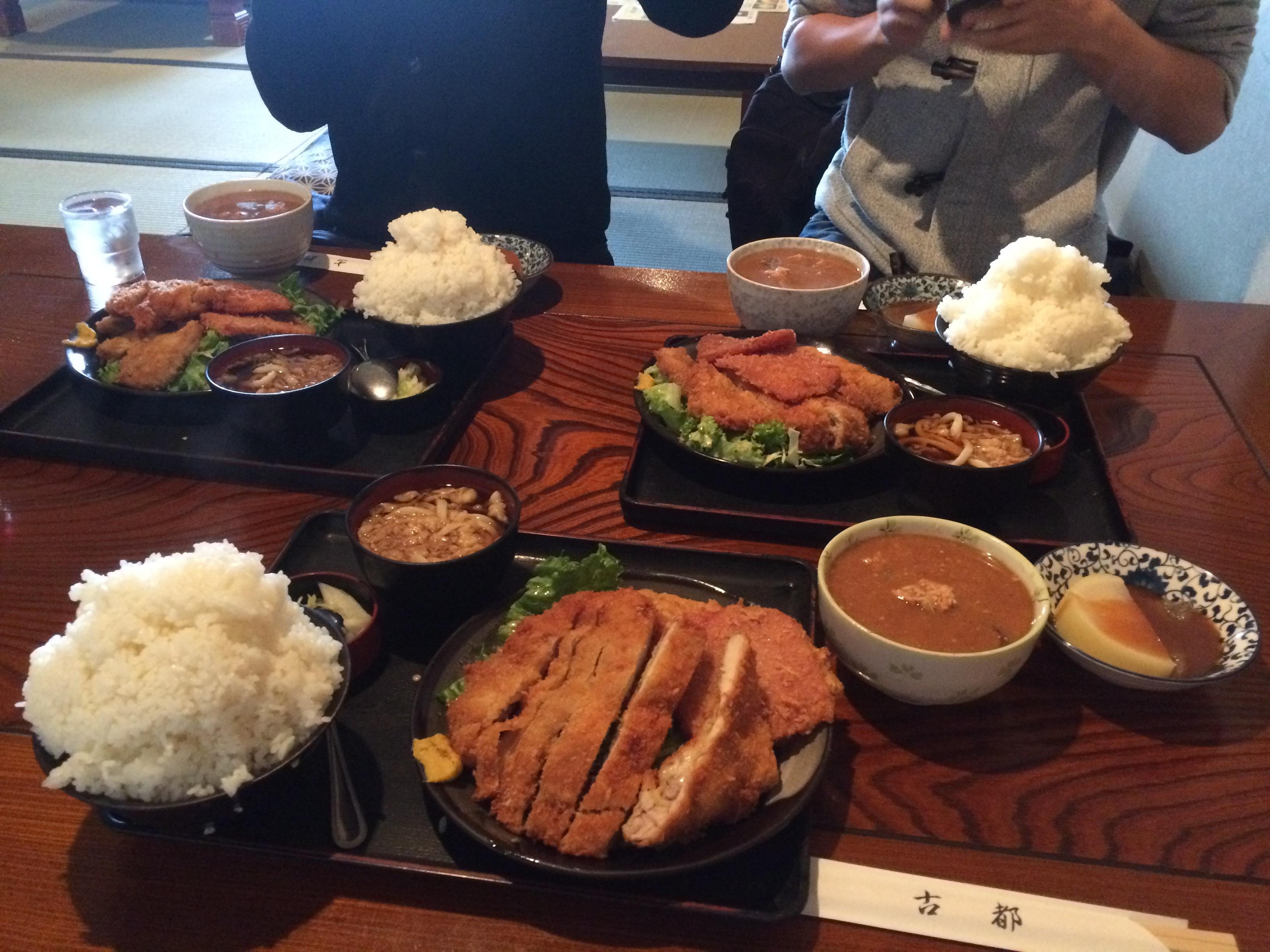 ミックスカツと肉団子汁の定食 1180円