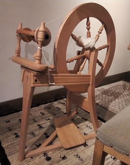 糸を紡ぐ (1)