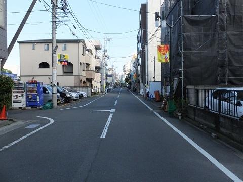 渋谷町水道みち・用賀4丁目