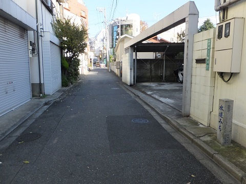 渋谷町水道みち・用賀3丁目
