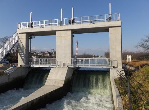 武蔵水路流量調整堰
