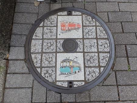 マンホールフタに描かれた玉電