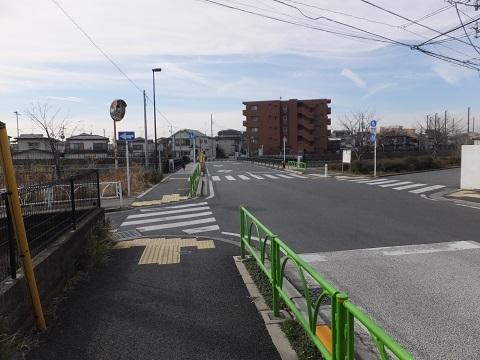玉電砧線軌道跡・吉澤橋