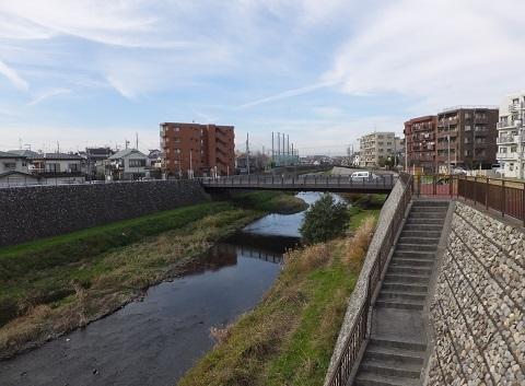 野川の吉澤橋