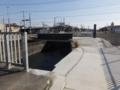 武蔵水路・長野伏越呑口