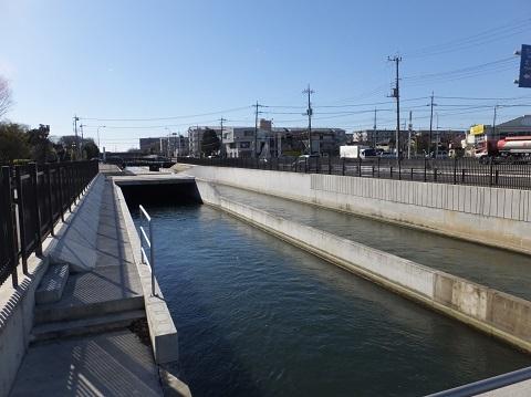 武蔵水路・R17号線付近