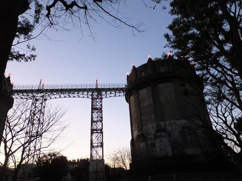 点灯した駒沢給水塔
