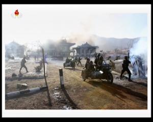 20161211 경애하는 김정은동지께서 조선인민군 제525군부대직속 특수작전대대 전투원들의 전투훈련을 지도하시였다mp4_000266741