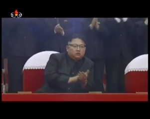 2161229 경애하는 최고령도자 김정은동지를 모시고 제1차 전당초급당위원장대회 참가자들을 위한 모란봉악단, 공훈국가합창단mp4_000404650