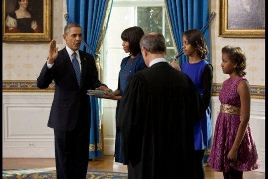 president-obama-oath-white-house.jpg