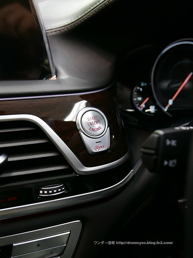 BMW7_35.jpg