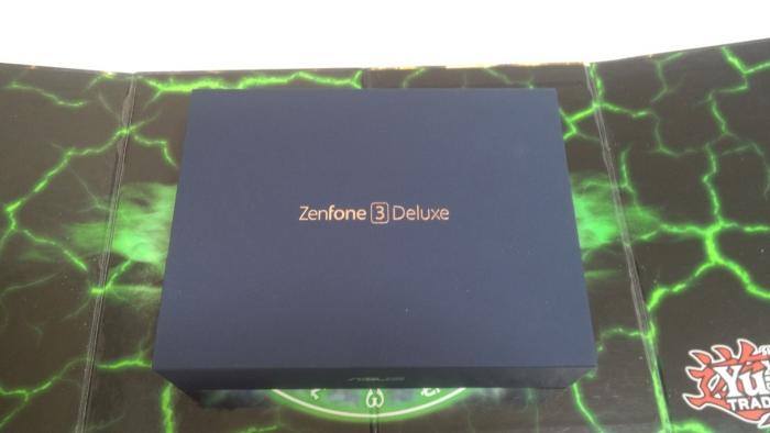 zefone3dx00.jpg