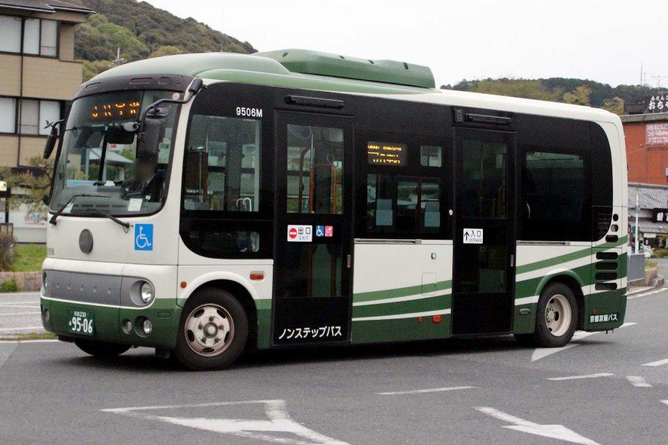 京都京阪バス 9506M