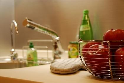 キッチン、マンション、テーブル