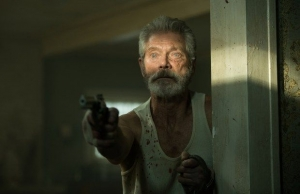 『ドント・ブリーズ』老人