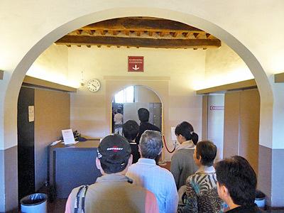 ピサの斜塔のロッカールーム