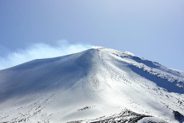 2001 雪紋の浅間山a
