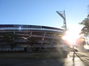 横浜の夜明けを。