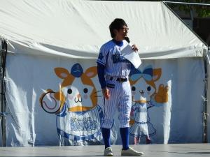 吉川さんがステージMC!