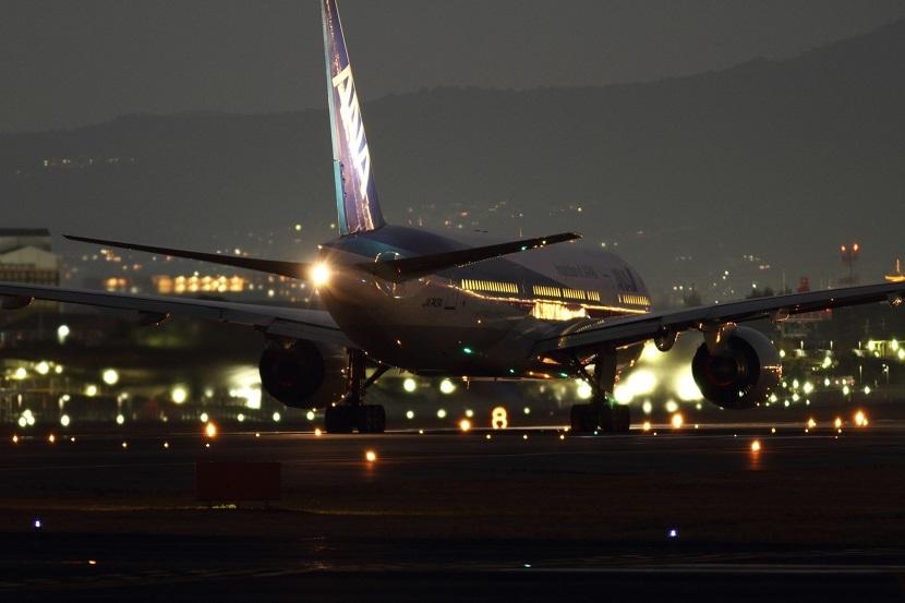 伊丹空港、3