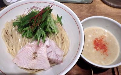 麺と心 7 鰤白湯つけ麺