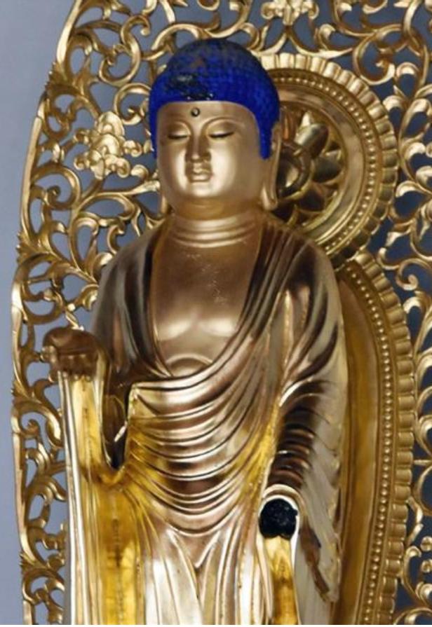 左手が壊された長命寺の仏像