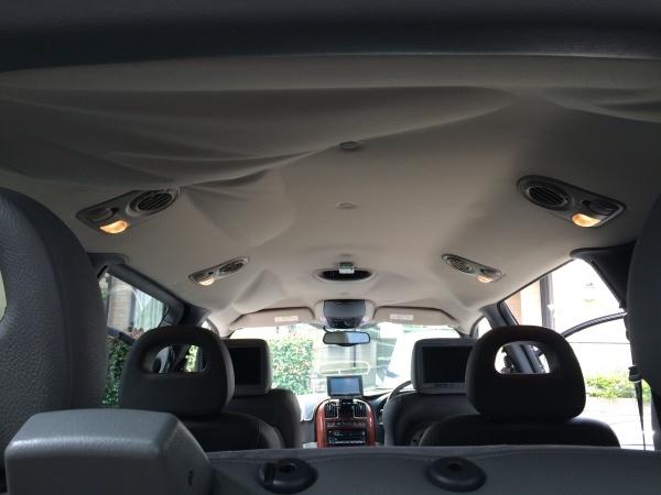 天井張り替え+断熱材 クライスラー グランドボイジャー
