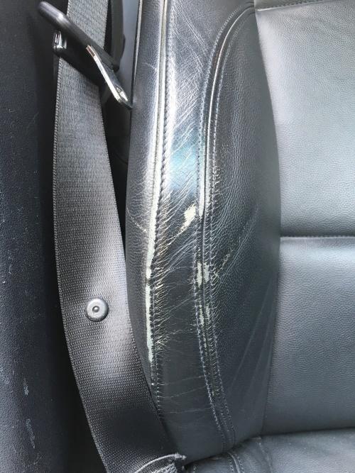 レザーシート 擦れ補修 BMW 130i