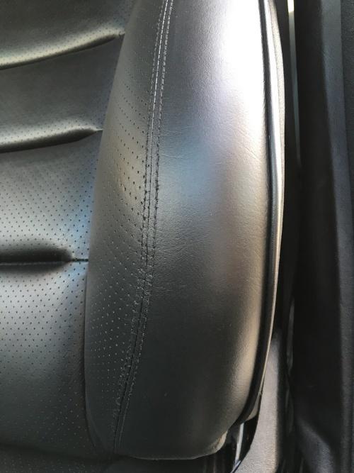 レザーシート ひび割れ補修 ベンツ500E (W124)