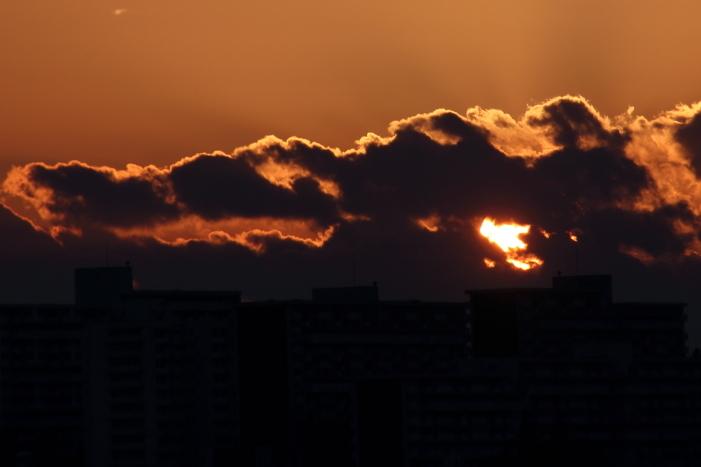 170100-sky-01.jpg