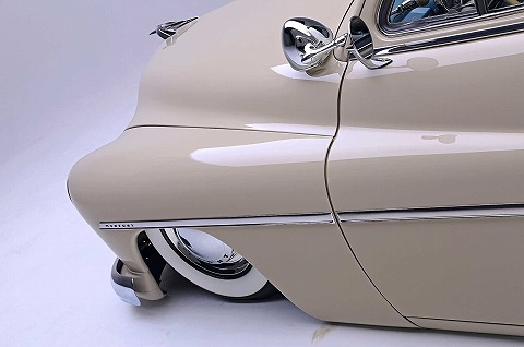 1949-mercury-eight-front-side-fender.jpg