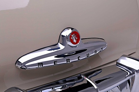 1949-mercury-eight-trunk-piece.jpg
