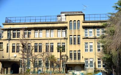 旧立誠小学校南面