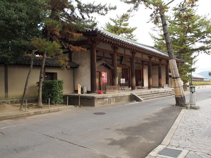 唐招提寺中門