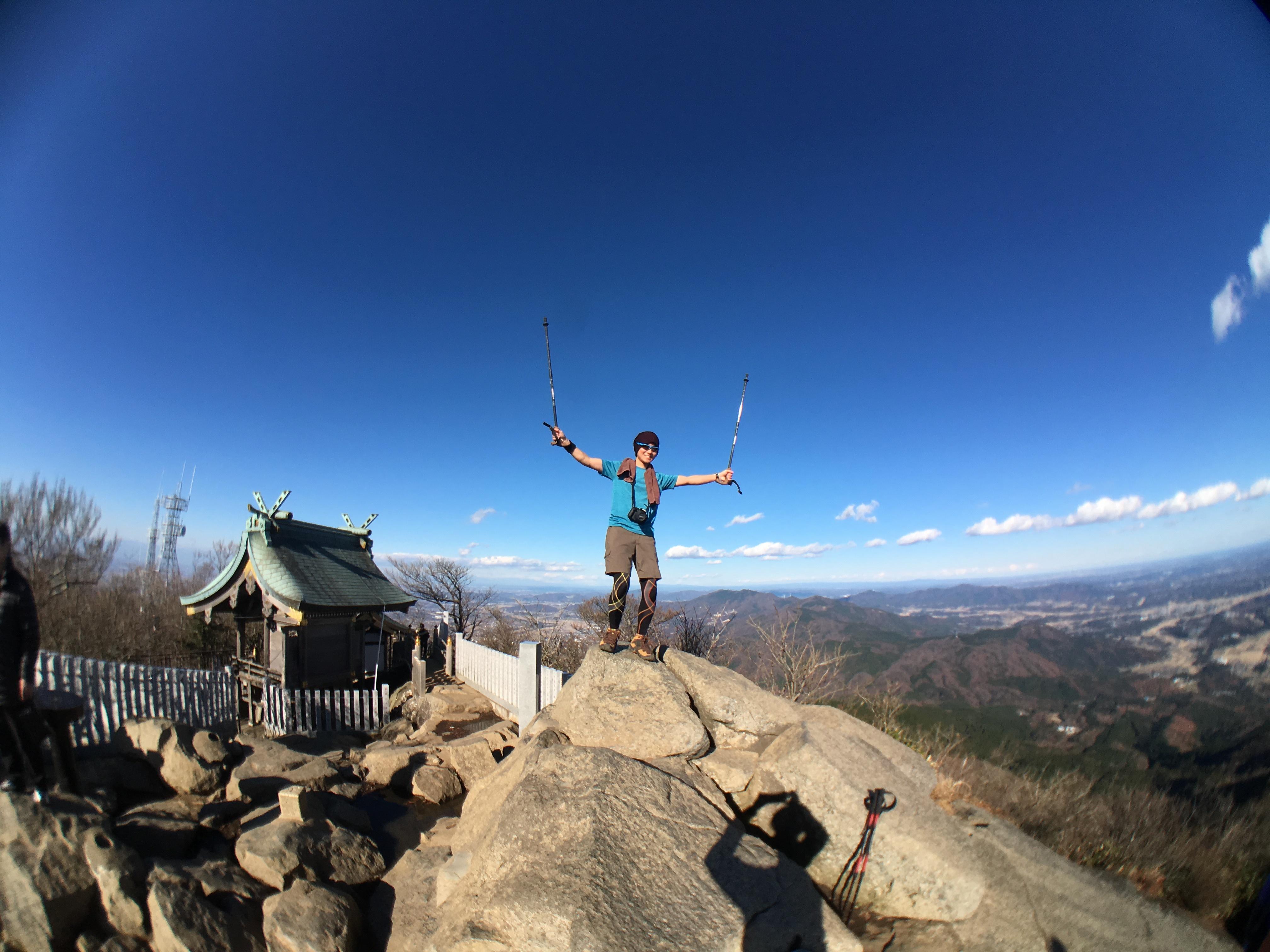 20161208山頂でポーズ
