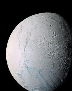800px-Enceladus_PIA07800.jpg