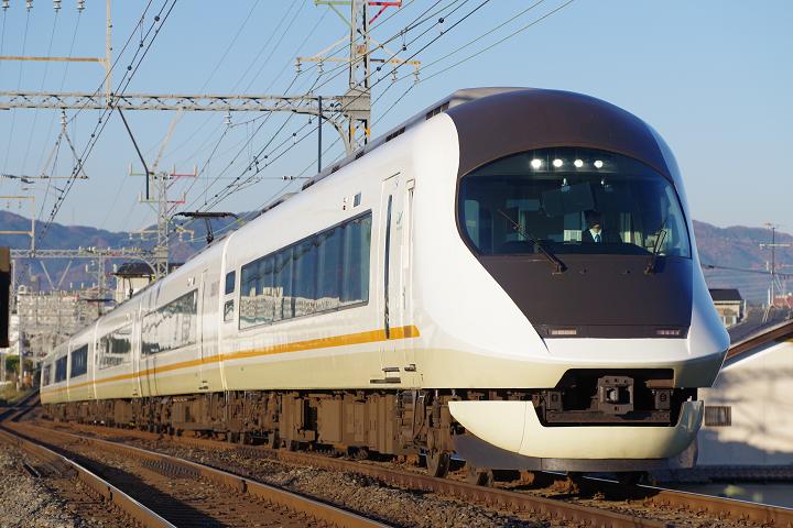Kintetsu21020-1s.png