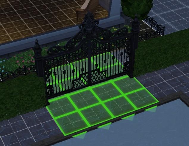 この門は新しいですね