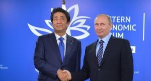 日本の安倍首相とロシアのプーチン大統領